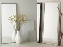 Зеркало в узкой деревянной раме. Отличная идея для Вашего дома