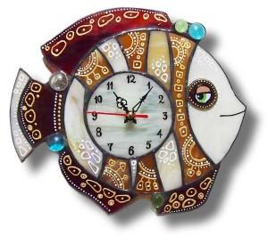 Часы ручной работы в гостиную