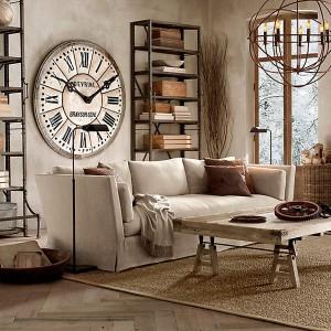 Интерьерные часы в Санкт-Петербурге